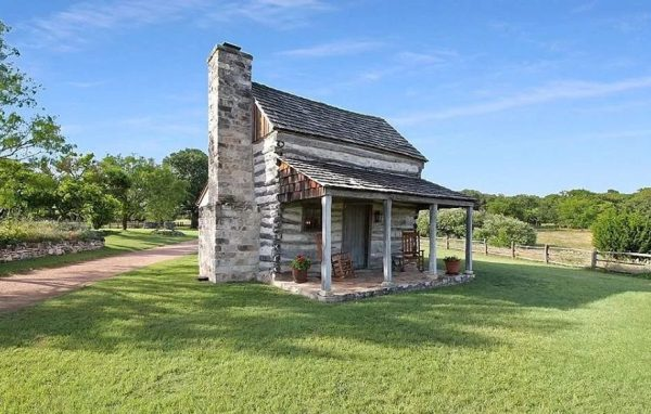 Antique Texas log cabin