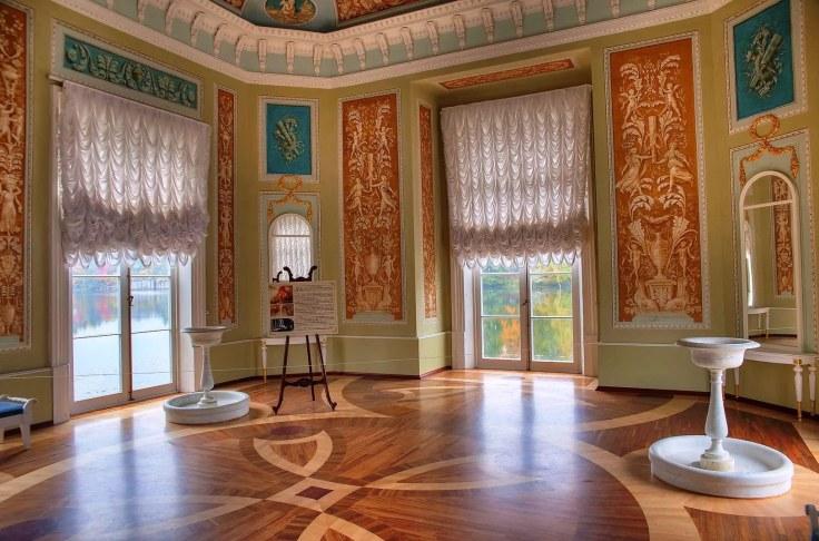 Venus-Pavilion-Island-Of -Love-Imperial-Residence-Gatchina-Russia-interior