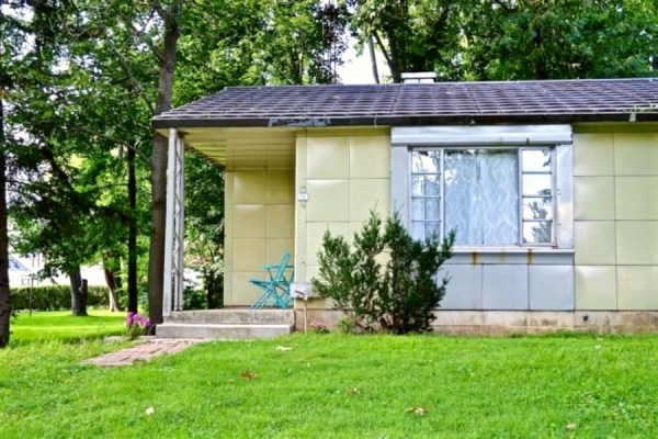 Lustron home for rent in Ohio