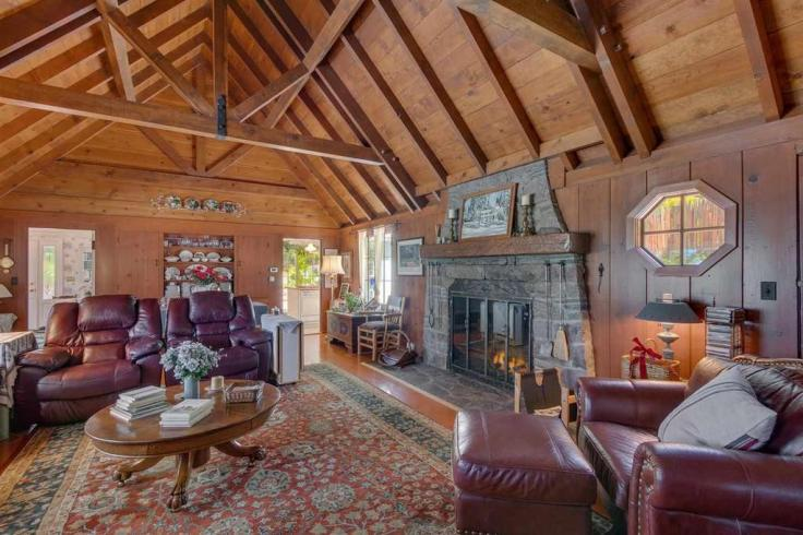 Lake Tahoe dream lodge for sale