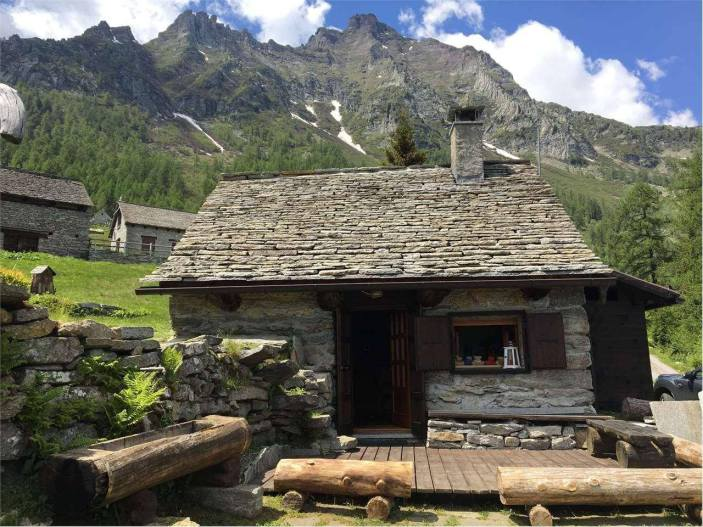 affordable mountain getaway in the Italian Alps