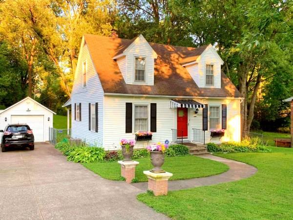 vintage 1927 Cape Cod cottage