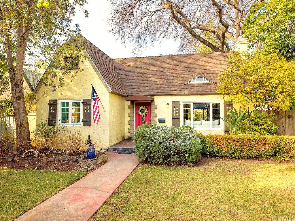 Storybook cottage for sale in Chico, California