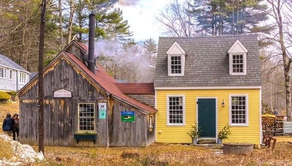 Folsom's sugarhouse in Chester New Hampshire