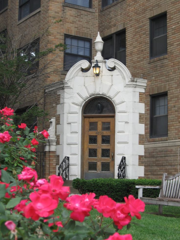 the literary apartments in Kansas City, Missouri