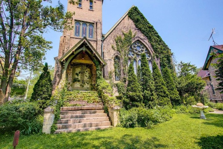 Wisconsin church converted to amazing home