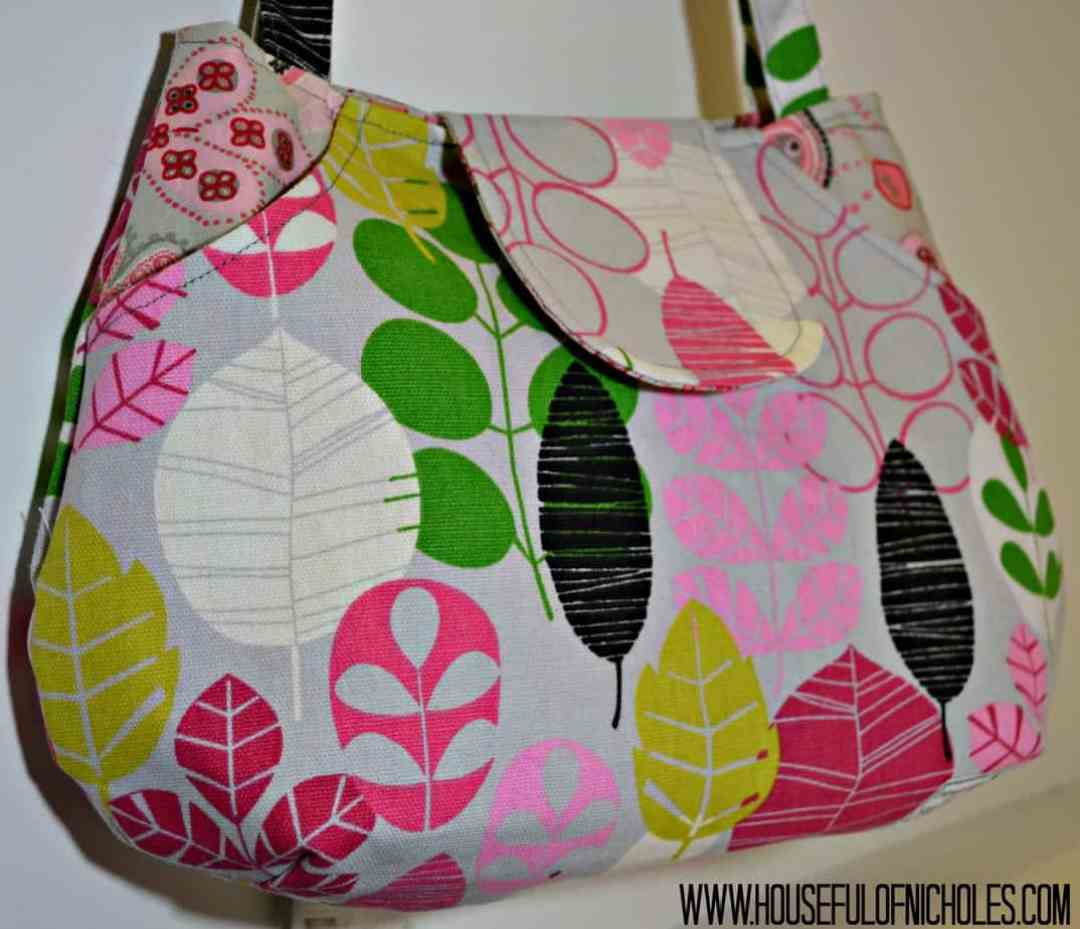 Lots Of Pockets Tote 1