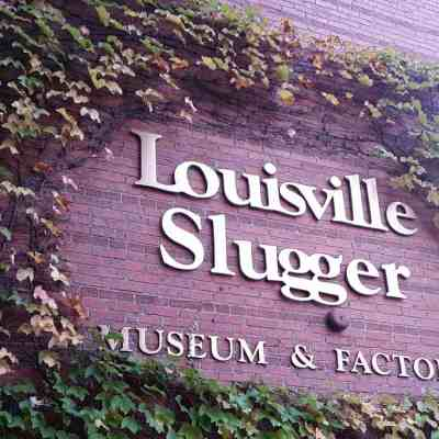 The Houseful Travels: Louisville Slugger Museum