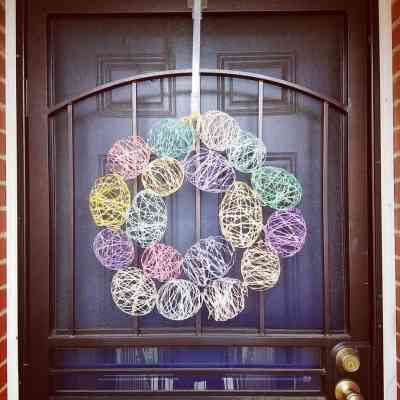 Make This Easter Egg Wreath Just In Time for Easter