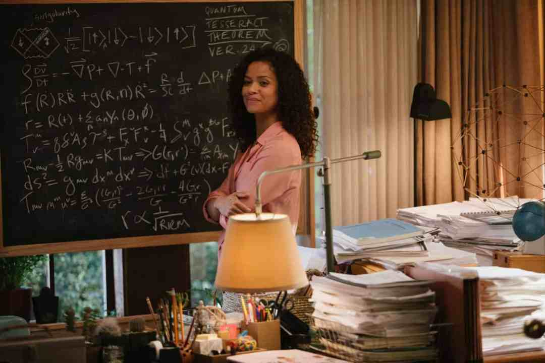 Gugu Mbatha-Raw is Dr. Kate Murray in Disney's A Wrinkle in Time