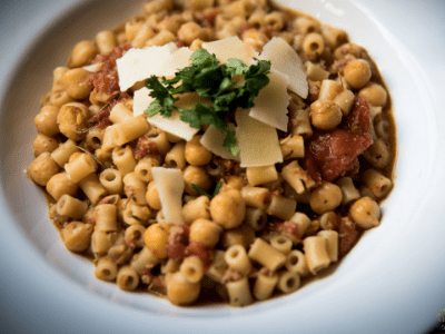 Pasta e Ceci {Pasta with Chickpeas}