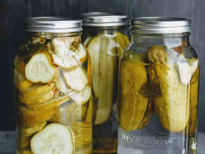 Easy Garlic Dill Pickles