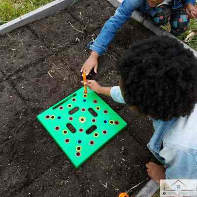 How To Use the Seeding Square in Your Garden