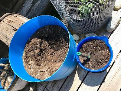 Homestead Blog Hop Feature - Compost in a barrel