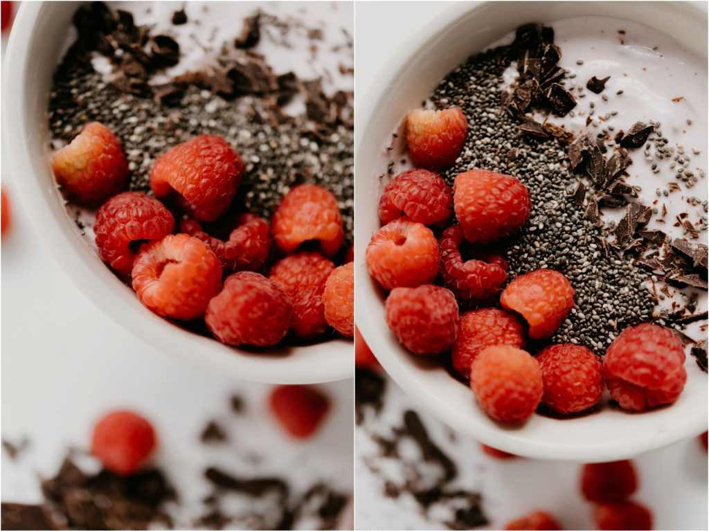 raspberry chia seed chocolate smoothie bowl