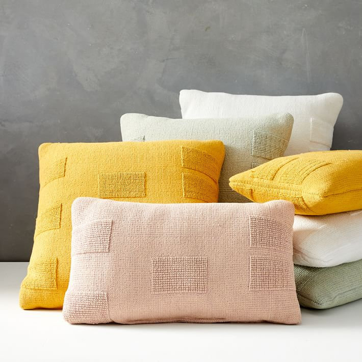 Outdoor Tufted Pillow