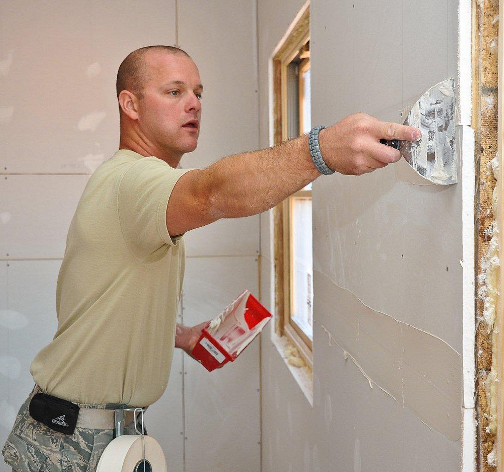 Drywall Tools 101 How To Fix Drywall With Spackle vs