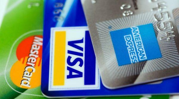 クレジット カード 主婦 おすすめ 審査