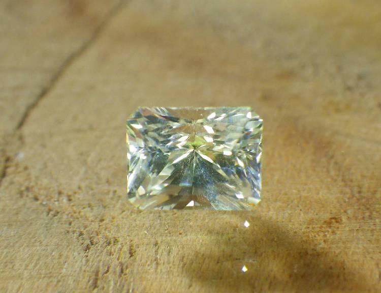 white sapphire_SQ_1.00ct_srilanka1