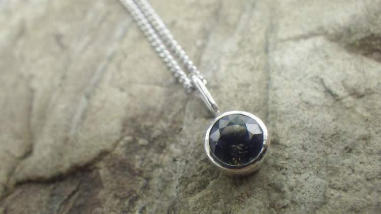 Bicolorsapphire x Silver pendant top_1