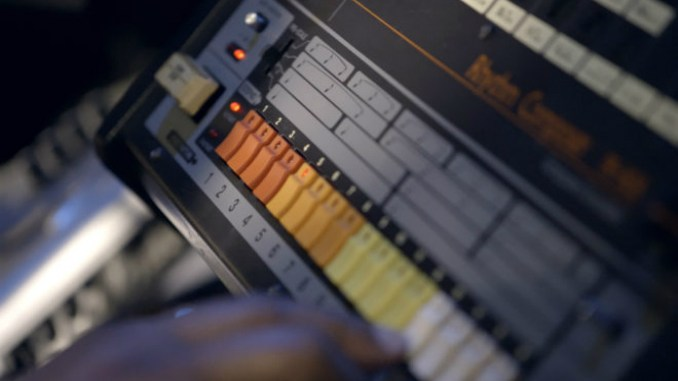 roland 808 house music 1