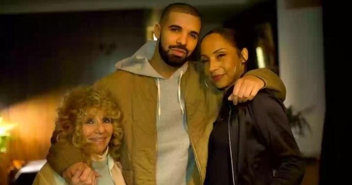 Drake Gets A Visit from Sade at London Show