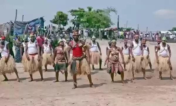 "VIDEO: Fally Ipupa – ""Eloko Oyo"""