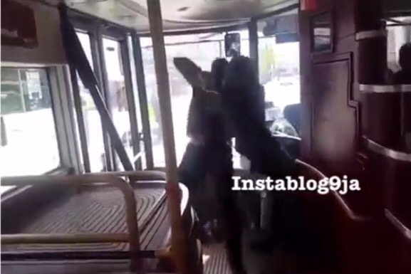 Video: Brave African Man fights off Man holding a Knife in a London Bus