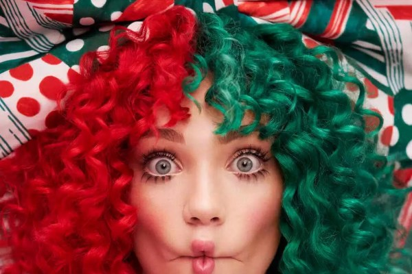 Sia – Santa's Coming For Us [New Song]