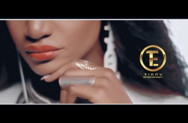 Bella – Gimme Love (Video)