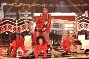 "WATCH CIARA PERFORM CRUNK ""SANTA BABY"" ON 'TARAJI'S WHITE HOT HOLIDAYS'"