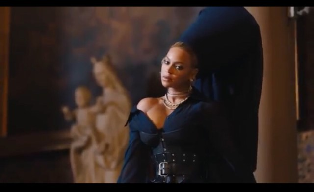 Jay Z - Family Feud (Music Video)