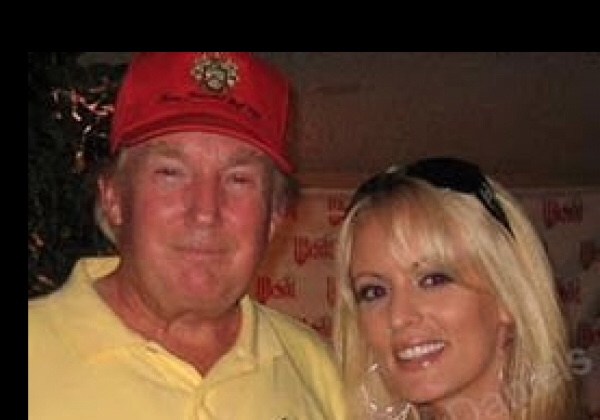 DONALD TRUMP PAID PORN STAR STORMY DANIELS $130,000 TO NOT RELEASE THEIR SEX TAPE BACK IN 2006