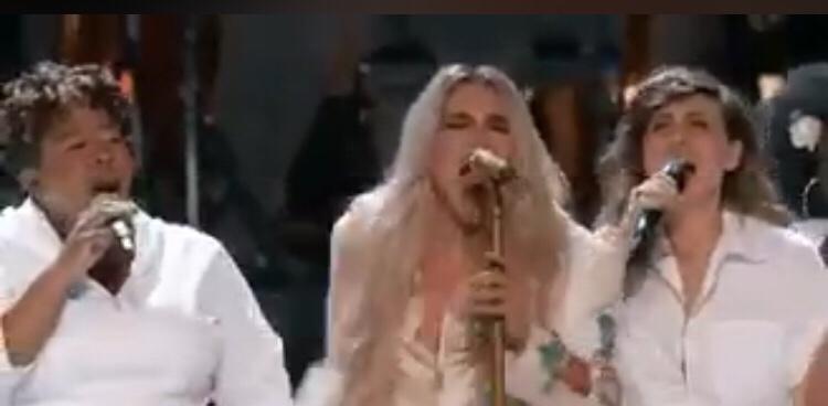 Watch Kesha Cyndi Lauper, Camila Cabello, Julia Michaels & Andra Day Give A Powerful 'Praying' Performance at the 2018 Grammys