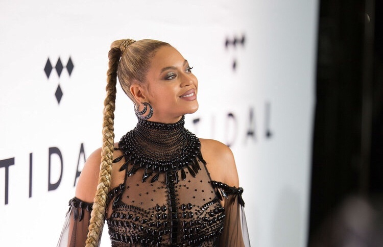 Beyoncé's Third Album Hits One Billion Streams; Breaks Spotify Record