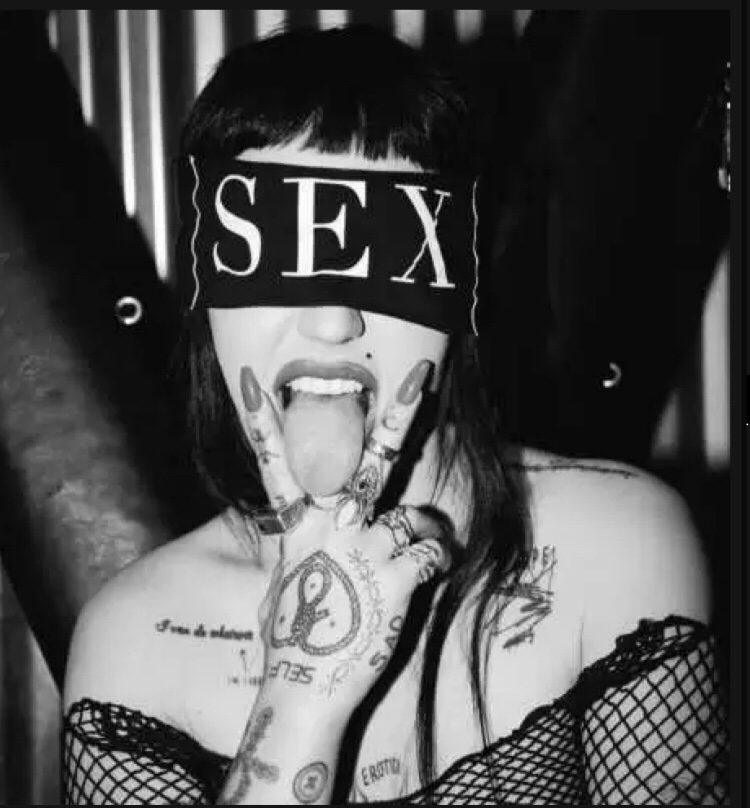 Brooke Candy - For Free mp3 download