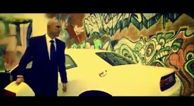 Steve Aoki & Loopers - Pika Pika ft. Vinnie Jones (Video)