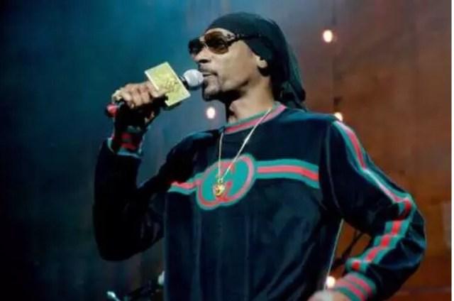 Snoop Dogg Blasts Woah Vicky, Praises Childish Gambino & J. Cole