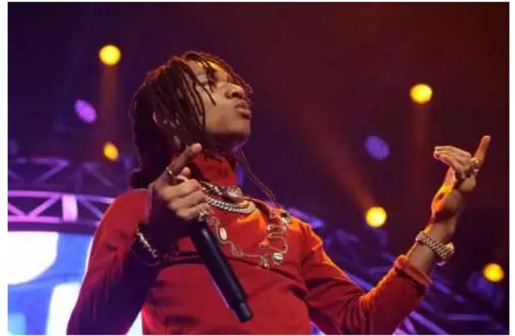 Swae Lee Gives Surprised Fans A Street Performance in London