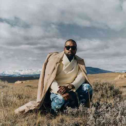 """Kanye West """"Ridiculed"""" Until He Cried By Executives Earlier In His Career"""