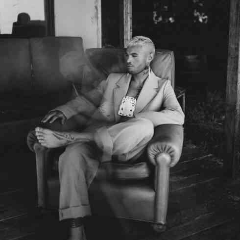 Stan Walker – Bigger (download)