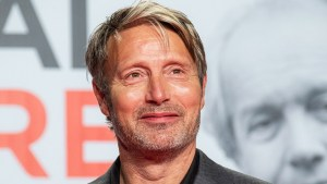 Mads Mikkelsen Interested In The Role Of Grindelwald In Fantastic Beasts 3