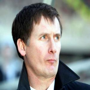Former West Ham And Newcastle Manager Glenn Roeder Died At 65 After A Long Struggle With A Brain Tumour