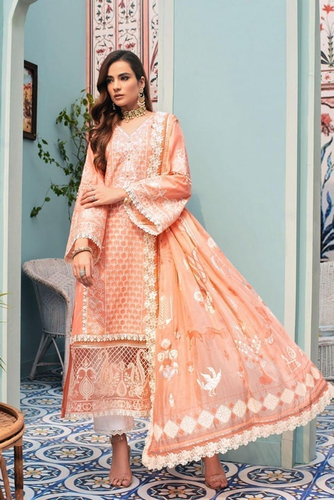 NOOR BY SADIA ASAD | CHIKANKARI'21 Collection | D8-MUDITA