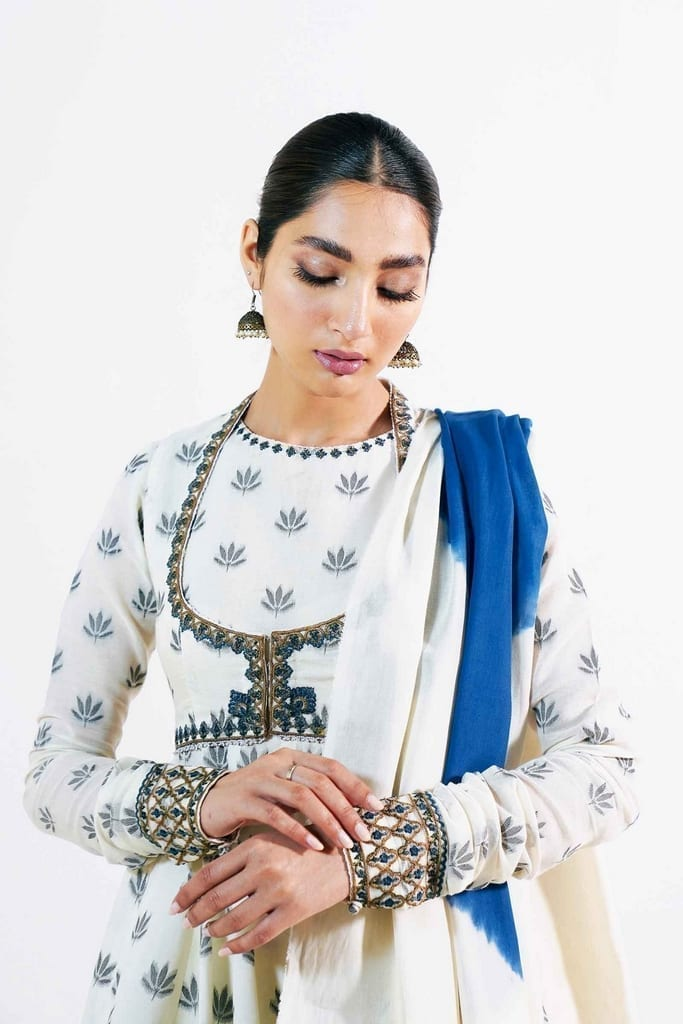 ZARA SHAJAHAN | Embroidered Lawn Suits | ZS21L 26 Heer-B
