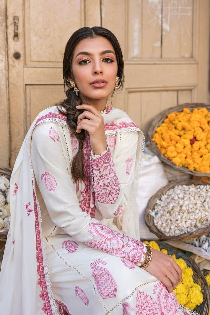 ZAHA LAWN | Embroidered Lawn Suits | ROWSHAN (ZL21-15 A)
