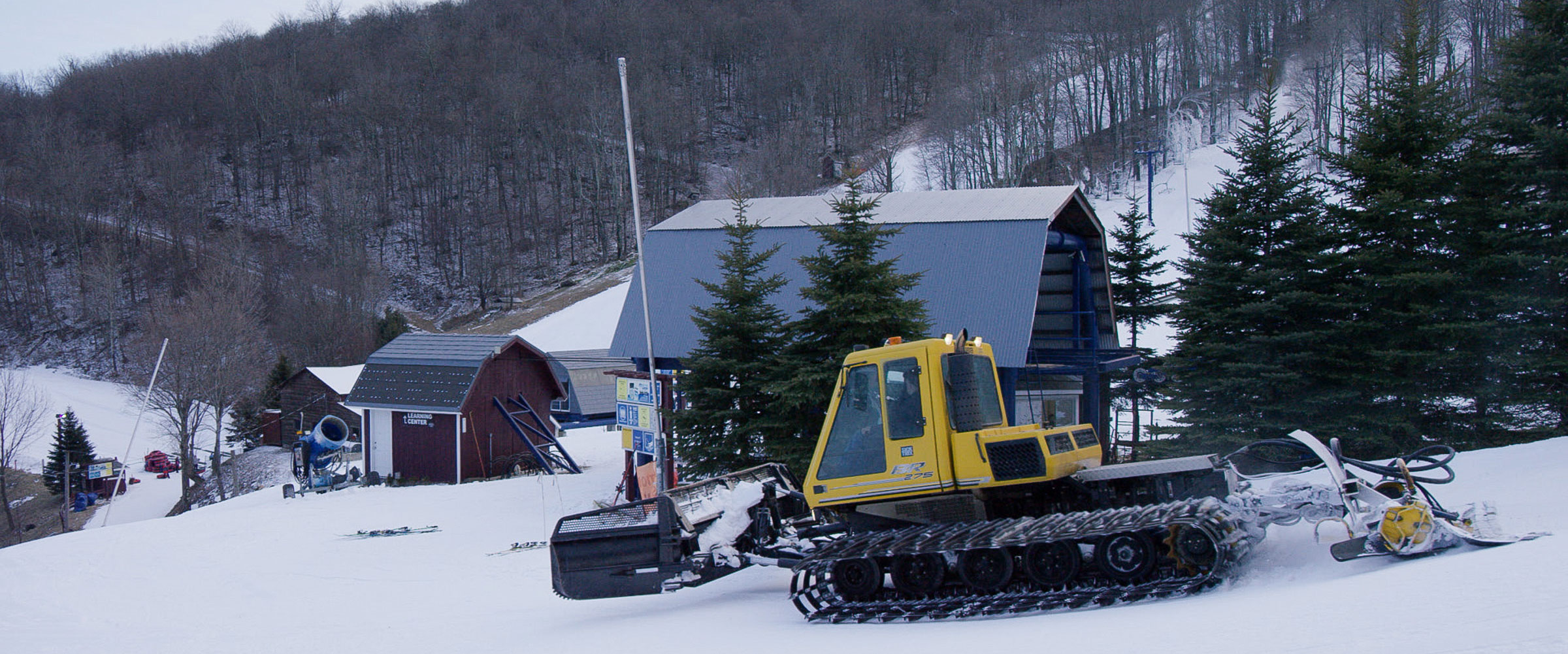 snowfarmers Plattekill Groomer 01