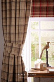 Elgin-Praline-Curtain_Elgin-Cranberry-Roman