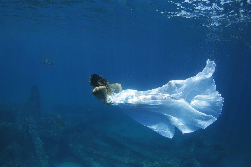 lr-underwater-40