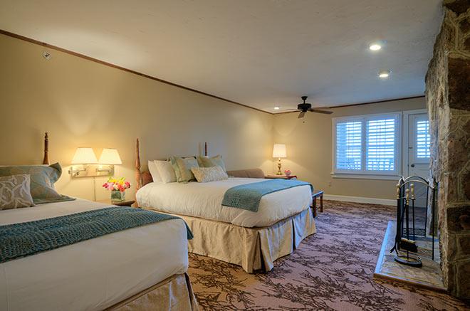 2 Queen Room   Chestnut Lodge   Mountain Lake Lodge   Kellerman's Mountain House   Dirty Dancing Resort